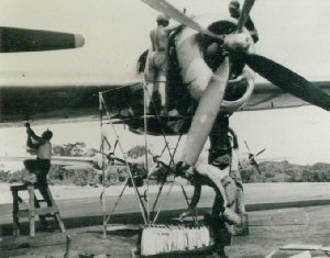 Aircraft of the 315th Bomb Wing, engine maintenance